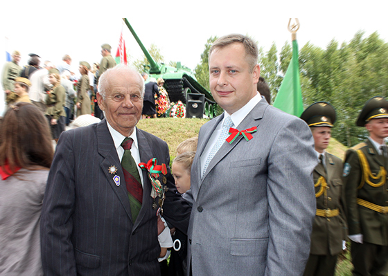 услан Фурашов и ветеран войны Григорий Точиленко