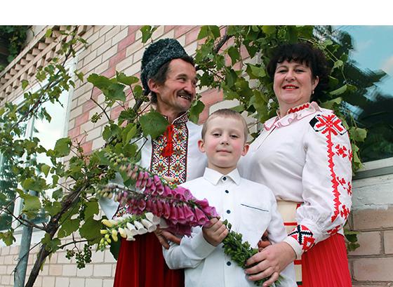 Алексей Вечерний с супругой Натальей и сыном Богданом