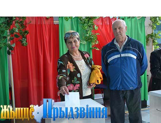 Высокая активность избирателей была отмечена на Новкинском участке для голосования №52