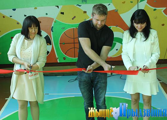 На базе Сосновской детский сад-базовой школы Витебского района открылся скалодром