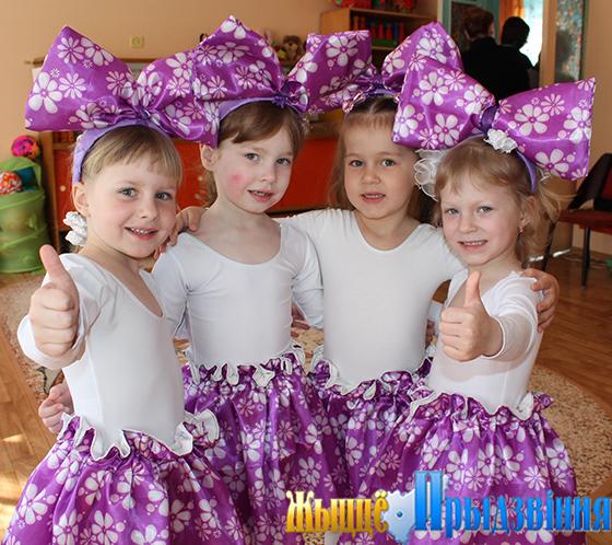 На снимке: воспитанники Зароновского детского сада