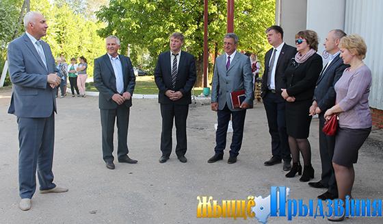 Большой объем работ по благоустройству и наведению порядка на земле проведен на территории Мазоловского сельсовета Витебского района