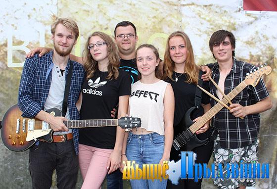 Участники вокально-инструментального ансамбля «Mazors» из Латвии провели каникулы в Витебском районе