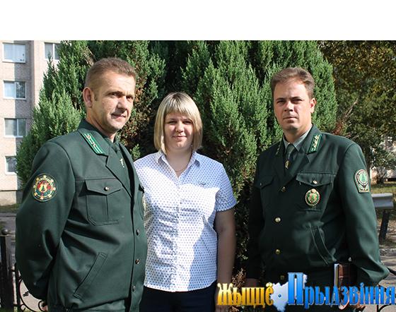 На снимке: Михаил Гордеенко, Ольга Кукушкина и Дмитрий  Збуржинский