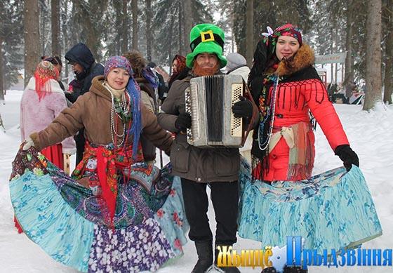 Шумно и весело в Витебском районе провели Старый Новый год и встретили Коляду