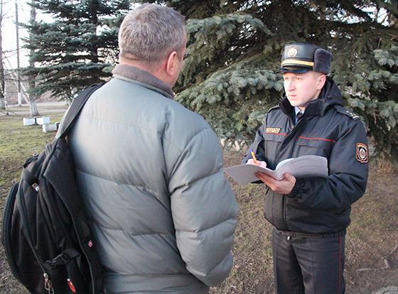 Старший участковый инспектор милиции Витебского РОВД Иван Самарин убежден: «Участок как дом родной, в котором должен быть порядок»