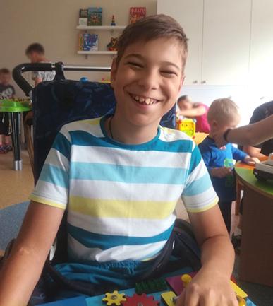 14-летний Ваня Дубогрий перенес 11 операций. Сейчас у него есть шанс начать ходить! Семье нужна Ваша помощь!