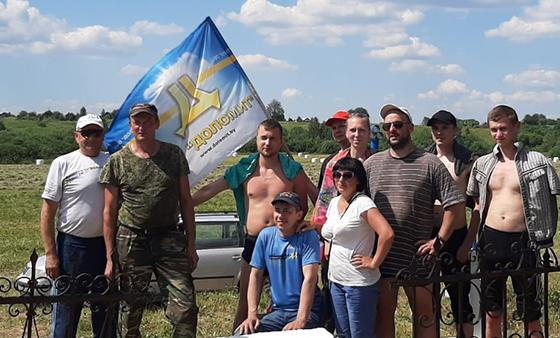 ОАО «Доломит» взяло шефство над захоронением № 6679 Куринского сельсовета Витебского района