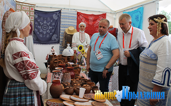 Министр культуры Республики Беларусь Юрий Бондарь посетил тематическую площадку Витебского района