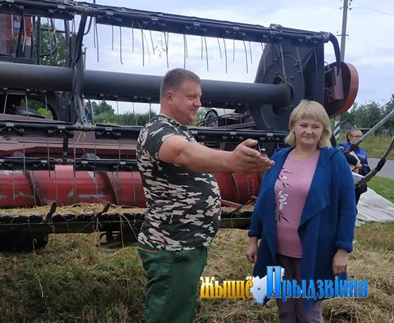 В Витебском районе ведется уборка зерновых на приусадебных участках