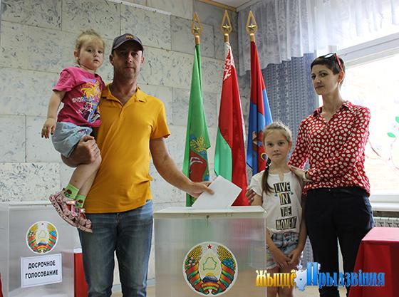 В Вымнянской базовой школе Витебского района расположился избирательный участок №6
