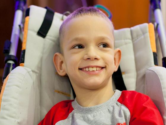 У 11-летнего Артура Савчукка — ДЦП III степени тяжести, IV степень утраты здоровья. Семье нужна Ваша помощь!
